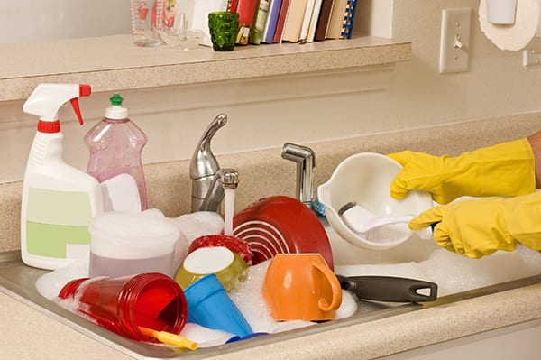 Dirty dishes - Maid Services to Kernersville, Greensboro and surrounding areas